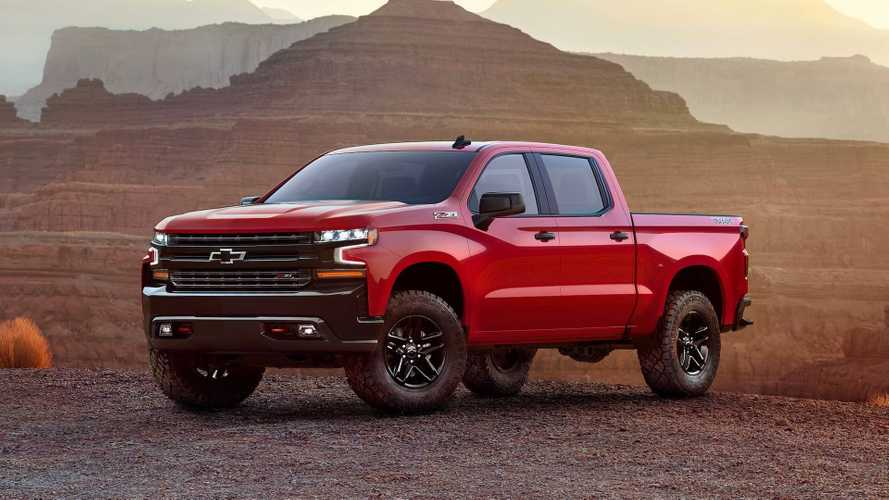 New Chevy Silverado Chief Designer Says All Powertrains Fit (EV, PHEV)