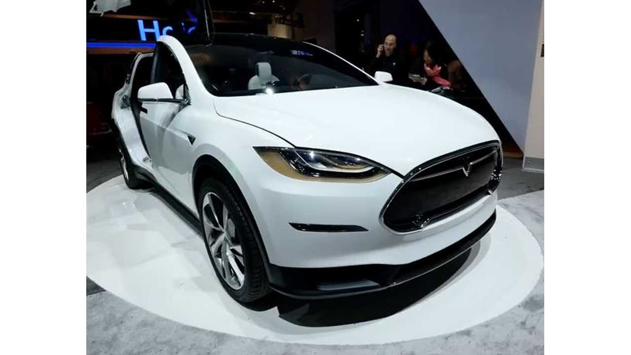 One Of The Original Tesla Model X Prototypes Appeared At CES 2015 Last Week