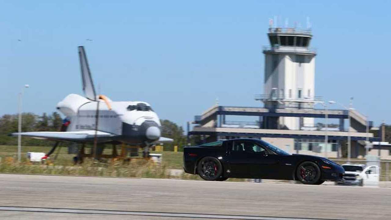 Genovation C6 Corvette Sets Electric Standing-Mile Record (w/video)