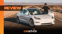Watch Tesla Model 3 Performance Review & 0-100 MPH Dash