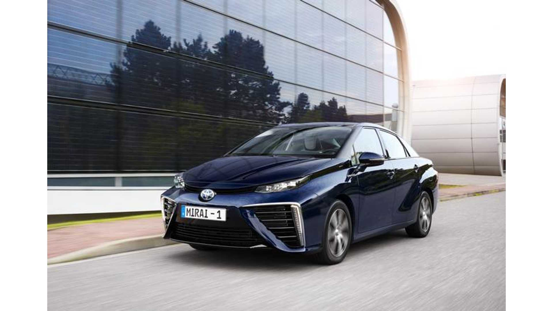 2017 Toyota Mirai Price Unchanged But Now Leases From 349 Month New Color Added