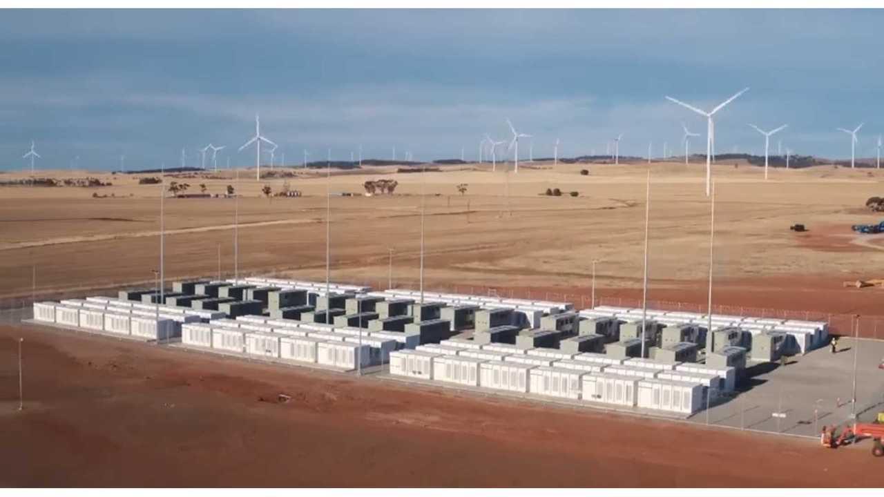 Tesla Powerpack energy storage system (100 MW/129 MWh) in South Australia