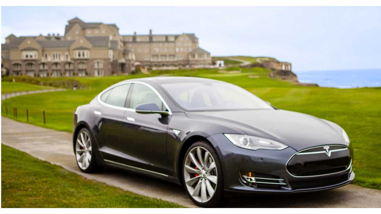 Ritz-Carlton Half-Moon Bay Offers Tesla Driving Experience Package