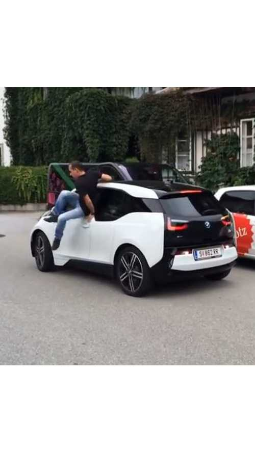 BMW i3 Parks Itself As Driver Exits Through Window - Video
