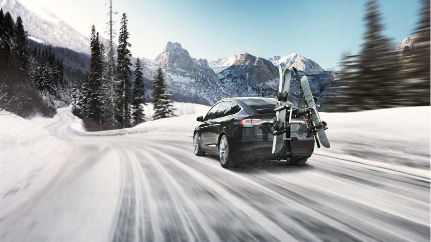 """It Turns Out The Tesla Model X Is """"Nearly"""" Perfect For Winter Driving"""