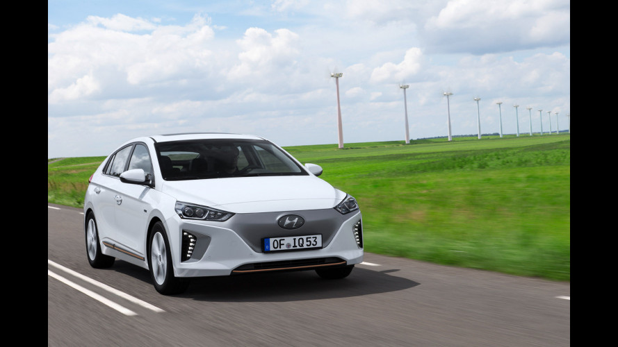 Hyundai Ioniq: un solo nome, tre anime green [VIDEO]