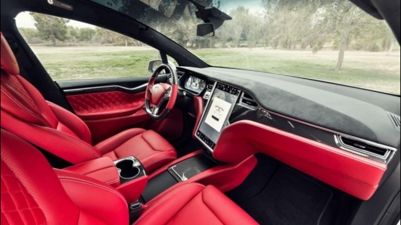 [Copertina] - Tesla Model X, 25.000 dollari per gli interni in stile Bentley