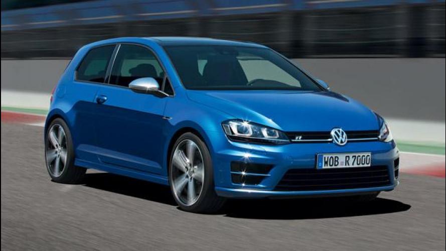 Nuova Volkswagen Golf R, 300 CV sull'asfalto [VIDEO]