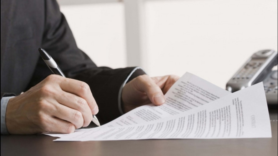 Assicurazioni, nuova nota informativa fra le polemiche