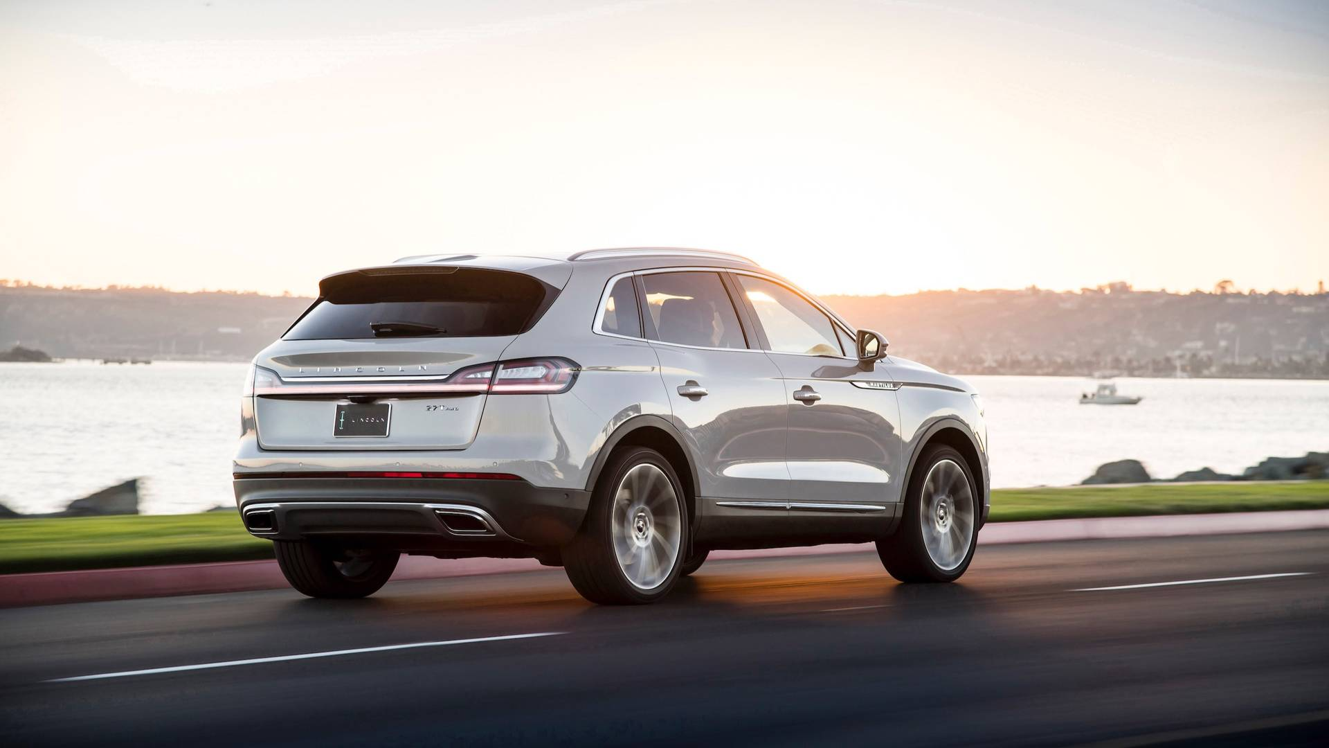 2020 Lincoln Nautilus Review, Price, Colors >> Most Expensive Lincoln Nautilus Costs 71 075