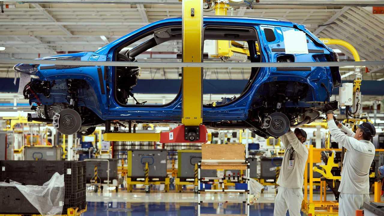 Jeep Compass e Renegade 4xe - Inicio da produção