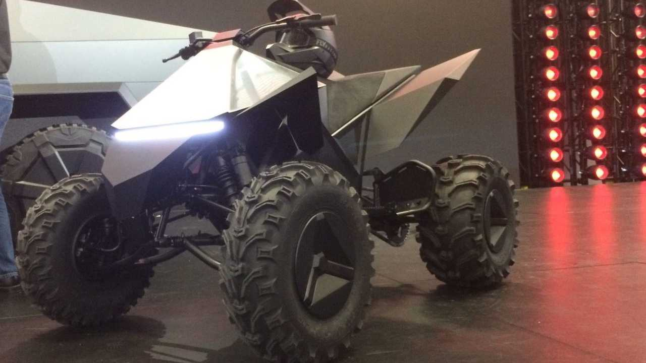This Bonkers Electric Quad Is The Tesla Cyberquad On Steroids