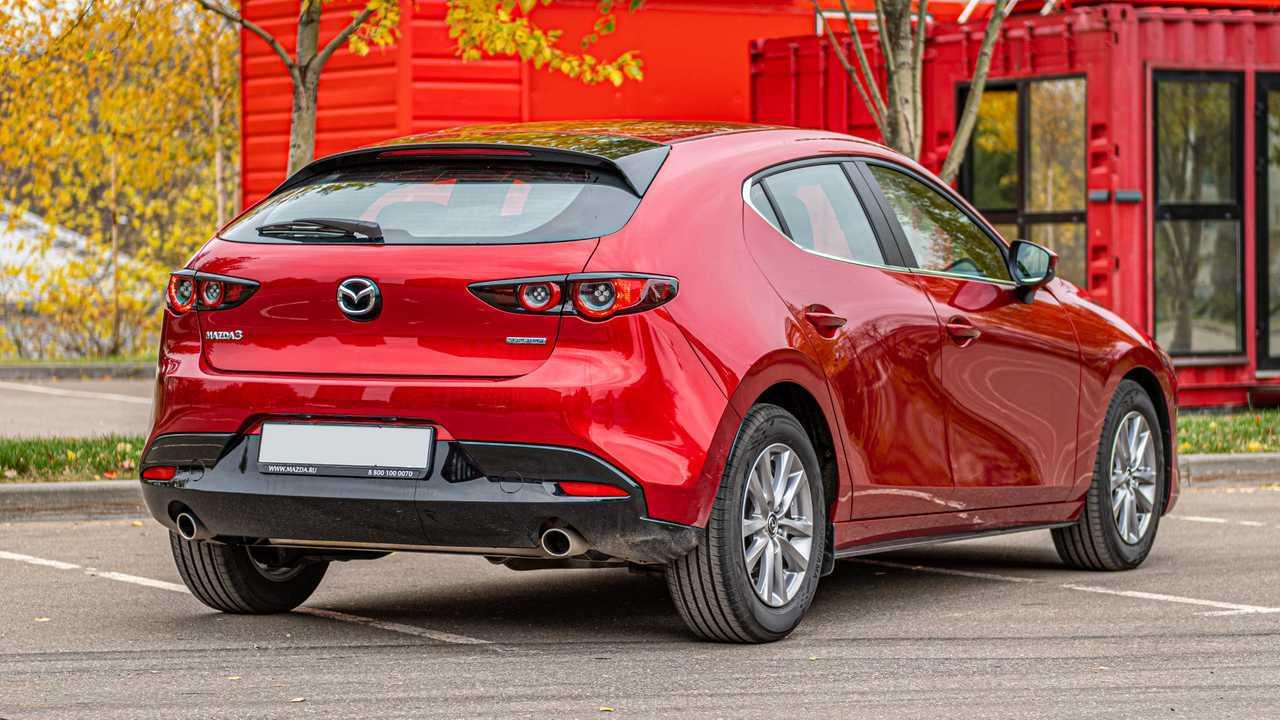 Mazda3 vs Kia Ceed