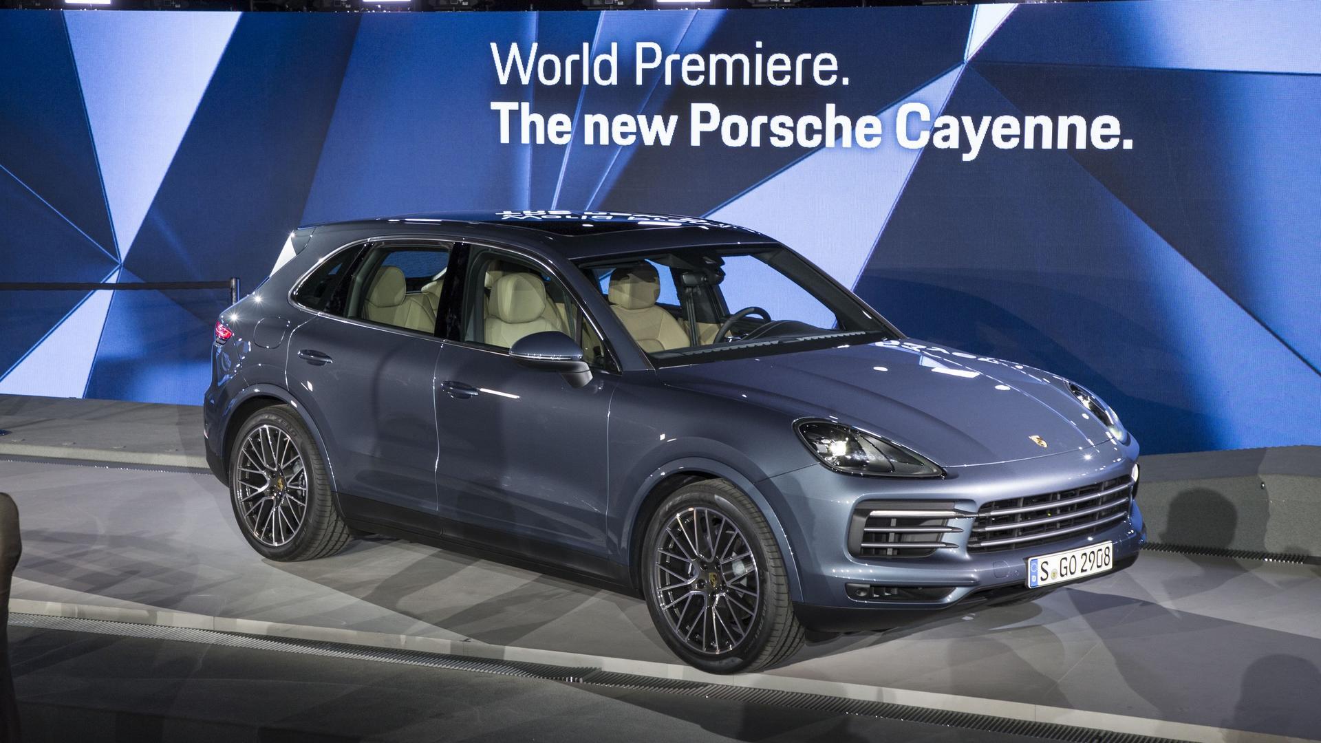 2019 Porsche Cayenne Debuts Sleeker Look Sheds Weight