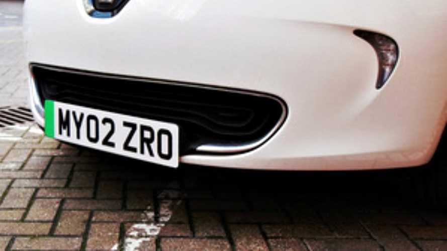 İngiltere'deki elektrikli otomobillerin plakaları değişiyor