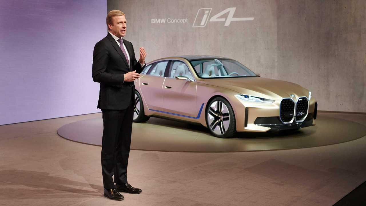 Oliver Zipse und BMW i4 Concept (2020)