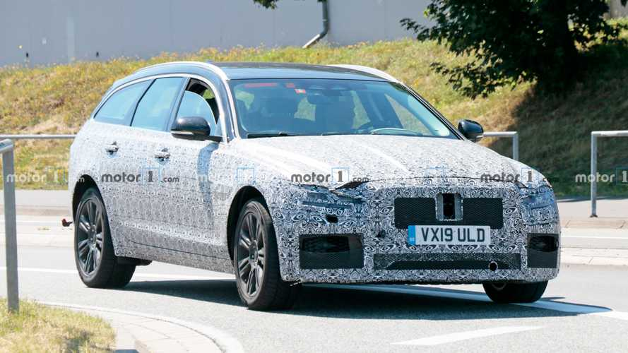 Jaguar XF Sportbrake new spy photos