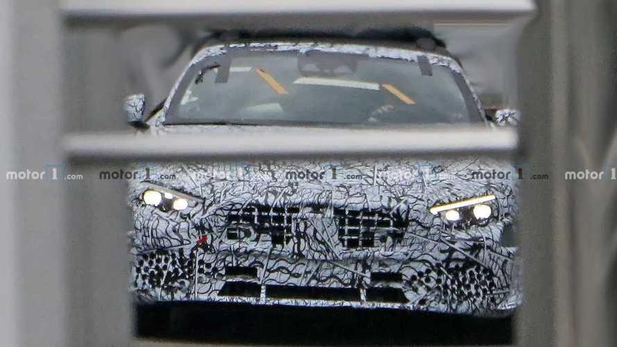 2022 Mercedes SL spy photos