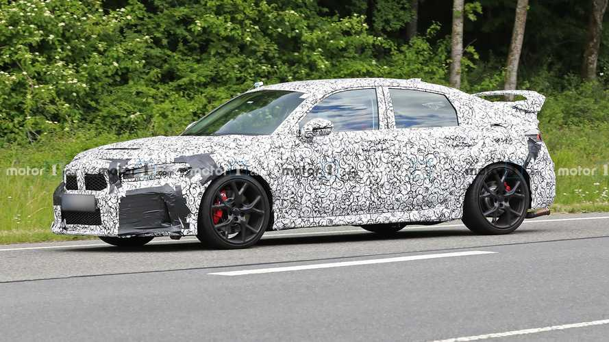 Honda Civic Type R Spy Photos Suggest It's Ready For A Redesign