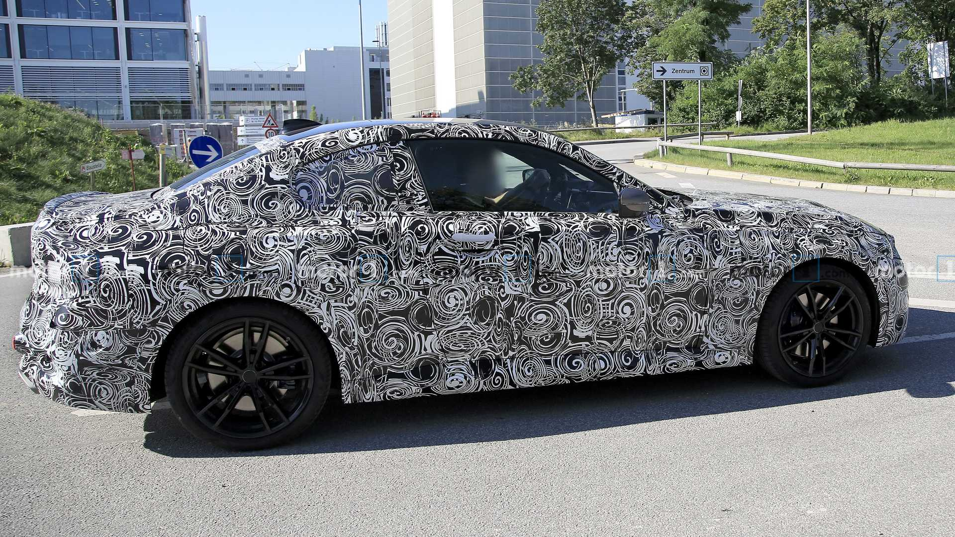 2022 - [BMW] Série 2 / M2 Coupé [G42] - Page 4 2022-bmw-2-series-coupe-spy-photo-side-profile