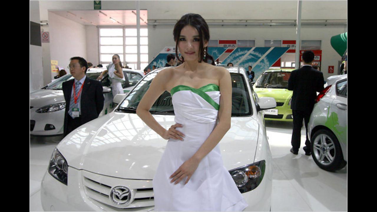 Freundlicher Empfang bei Mazda ...