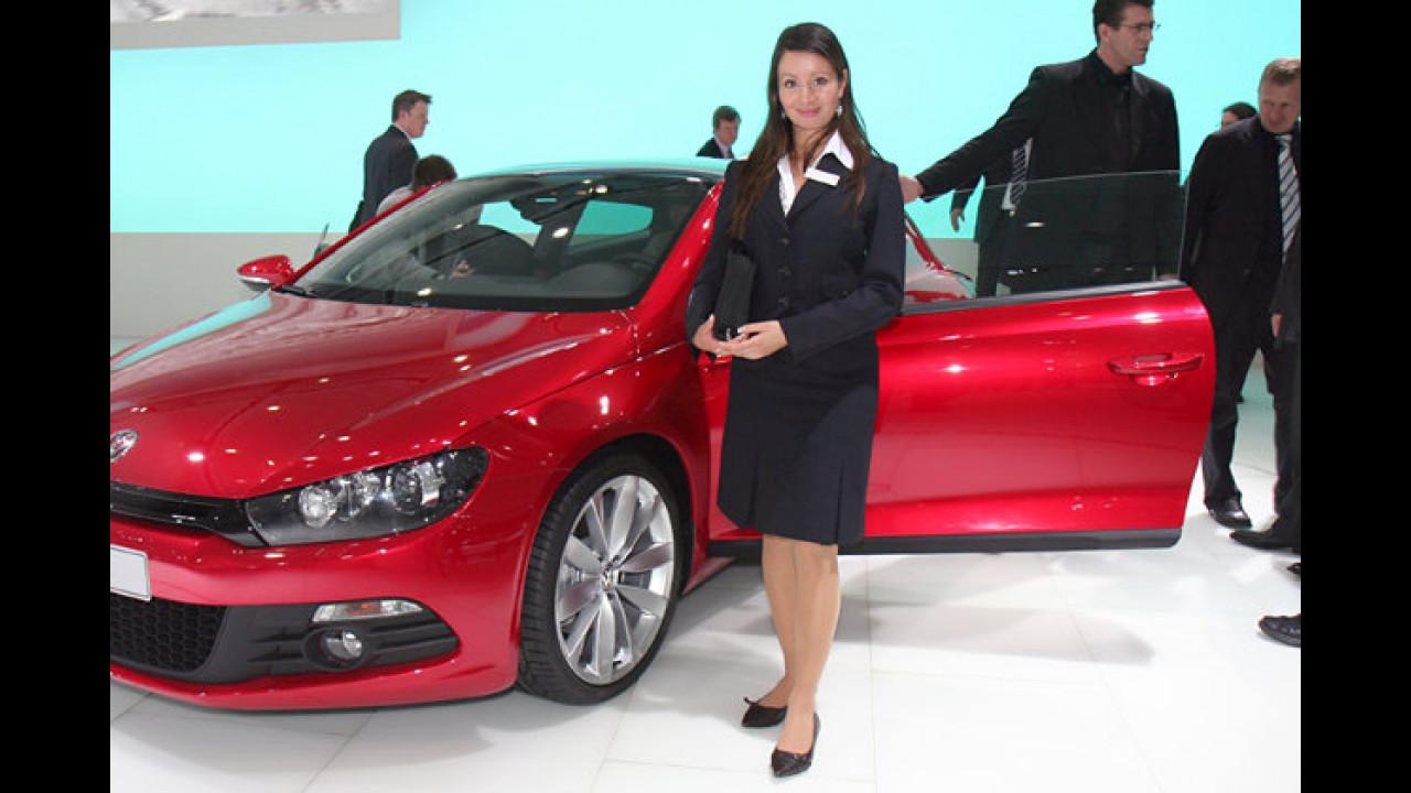 Ist die Bedienungsanleitung für den neuen VW Scirocco wirklich ein 1.000-Seiten-Telefonbuch?