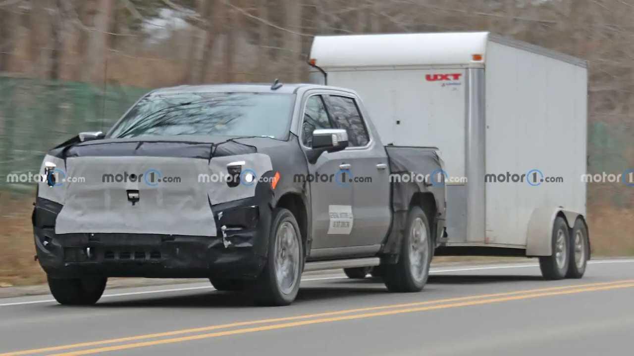 2022 GMC Sierra 1500 Denali Spy Shots Front