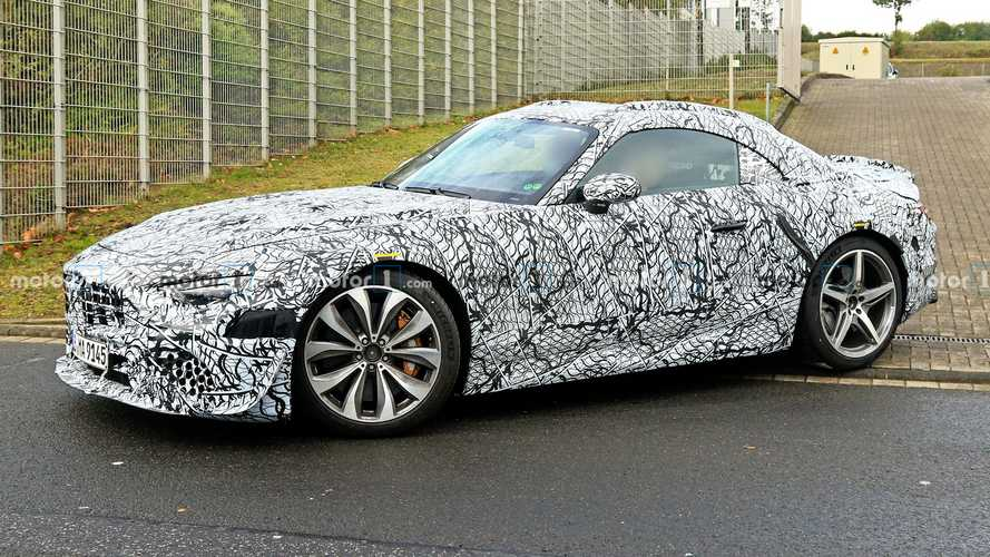 New Mercedes SL spied hiding its soft top