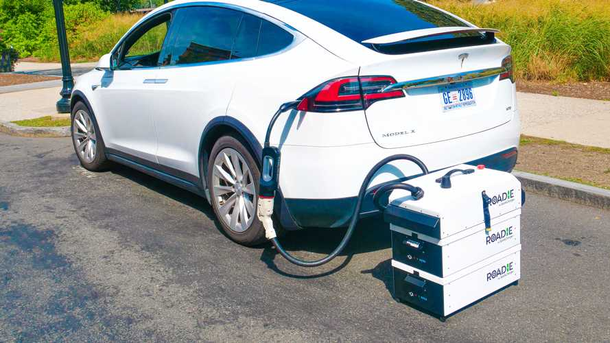 SparkCharge Introduces 'The Roadie' Portable EV Charging System