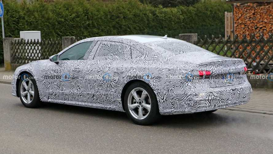 Audi A7L Spy Photos