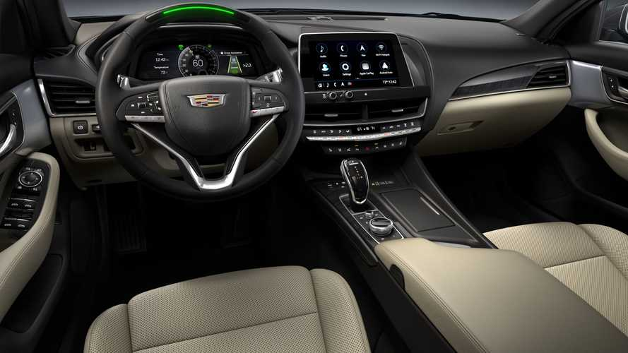 2021 Cadillac CT4 and CT5