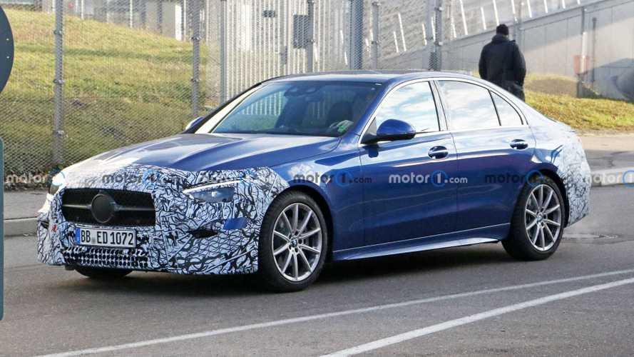 Yeni nesil Mercedes-Benz C-Serisi'nden ilk resmi detaylar geldi!