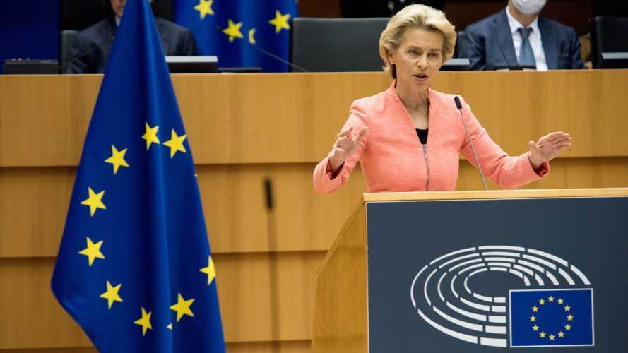 """L'Europa promette """"1 milione di colonnine"""" per le auto elettriche"""