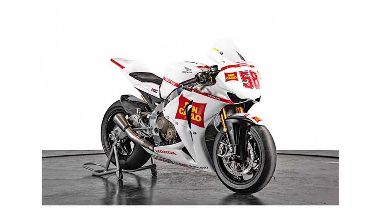 2011 Gresini Racing Honda CBR 1000 RR - Right Side