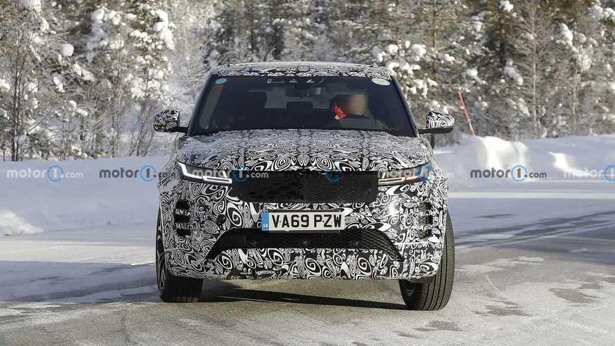 Land Rover Range Rover Evoque LWB new spy photos