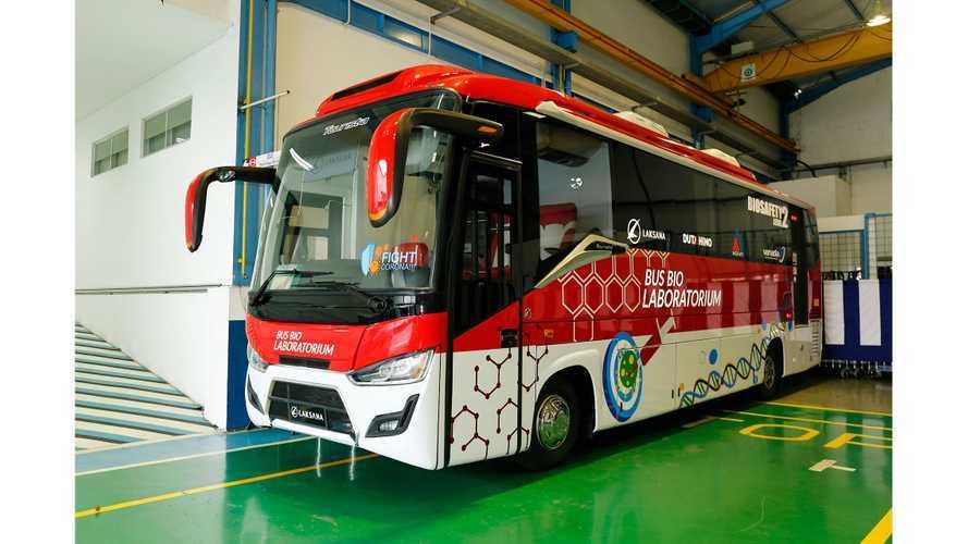 Hino Indonesia Kenalkan Empat Bus Bebas Covid-19