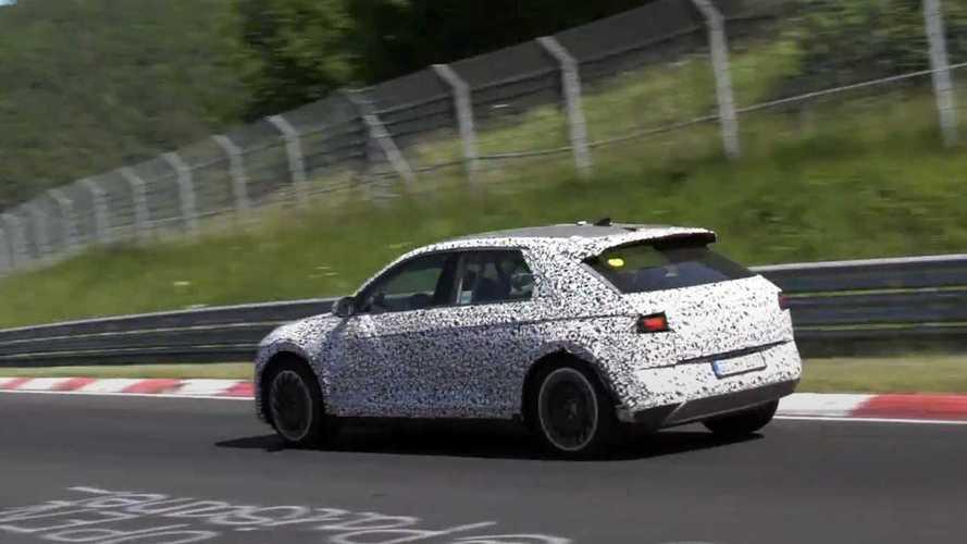 Hyundai Ioniq 5 als Erlkönig auf dem Nürburgring erwischt