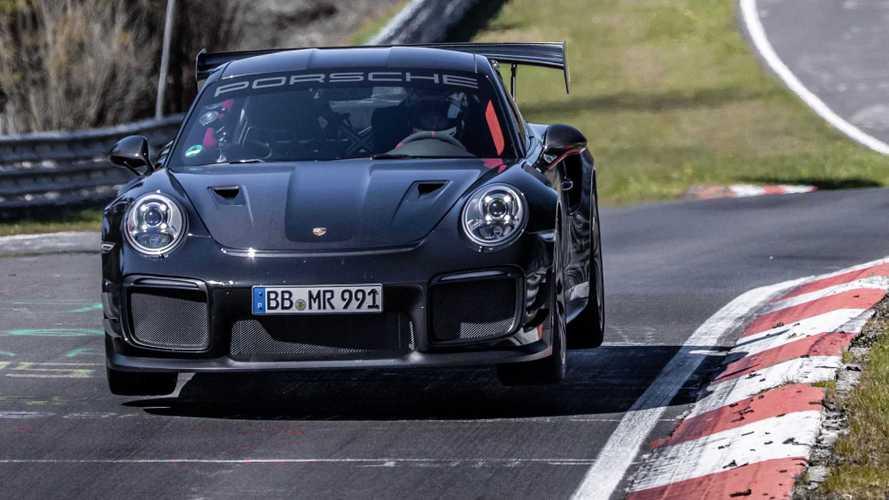 Porsche вновь побил рекорд Нюрбургринга для дорожных машин