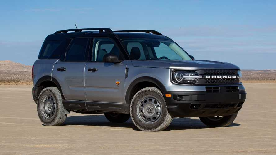 2021 Ford Bronco Sport Badlands vs. 2021 Toyota RAV4 TRD Off-Road: Comparison