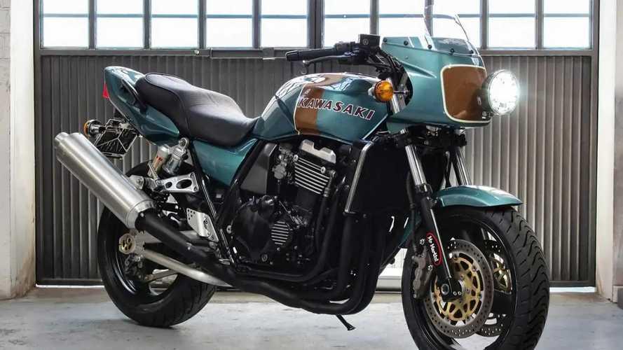 Super Cool! Kawasaki ZRX1100 2001 Ini Dimodif Jadi Keren Habis