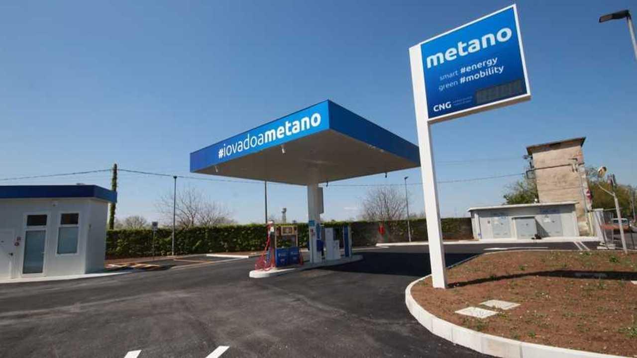 Una stazione di rifornimento per il metano