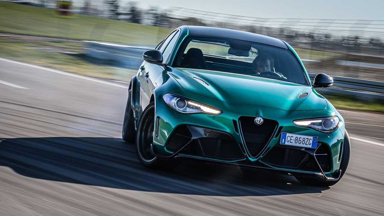 Alfa Romeo Giulia GTAM (2021) en test