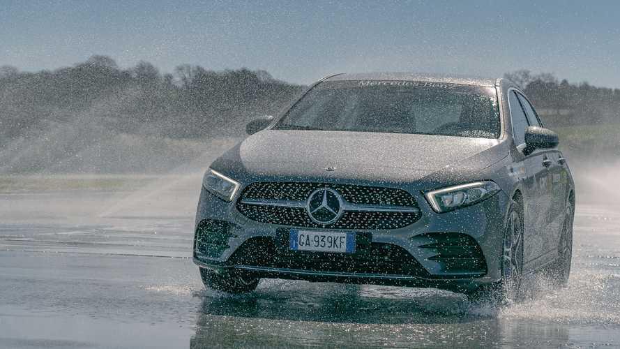Le plug in Mercedes a disposizione nei Centri di Guida Sicura Aci