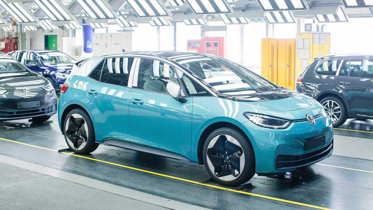 Vom ID.3 und ID.4 baut VW schon 800 Stück täglich in Zwickau