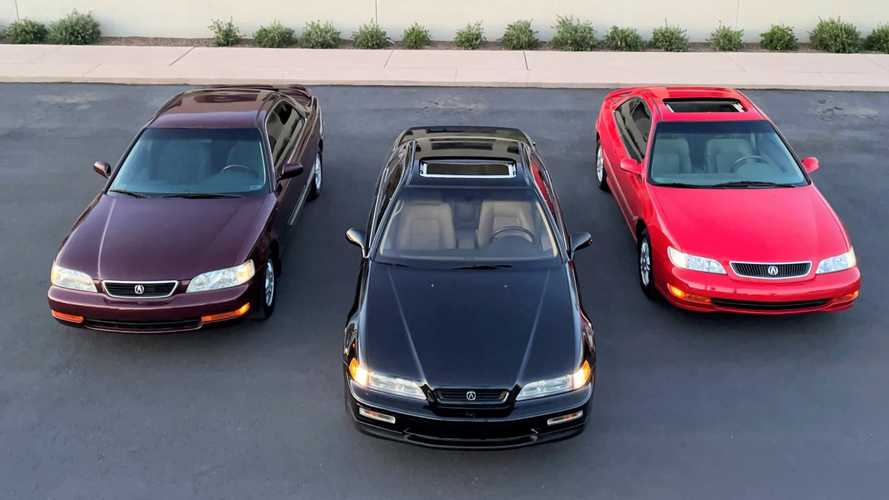 Buy These Classic '90s Acuras Up For Auction, Go To Radwood In Style