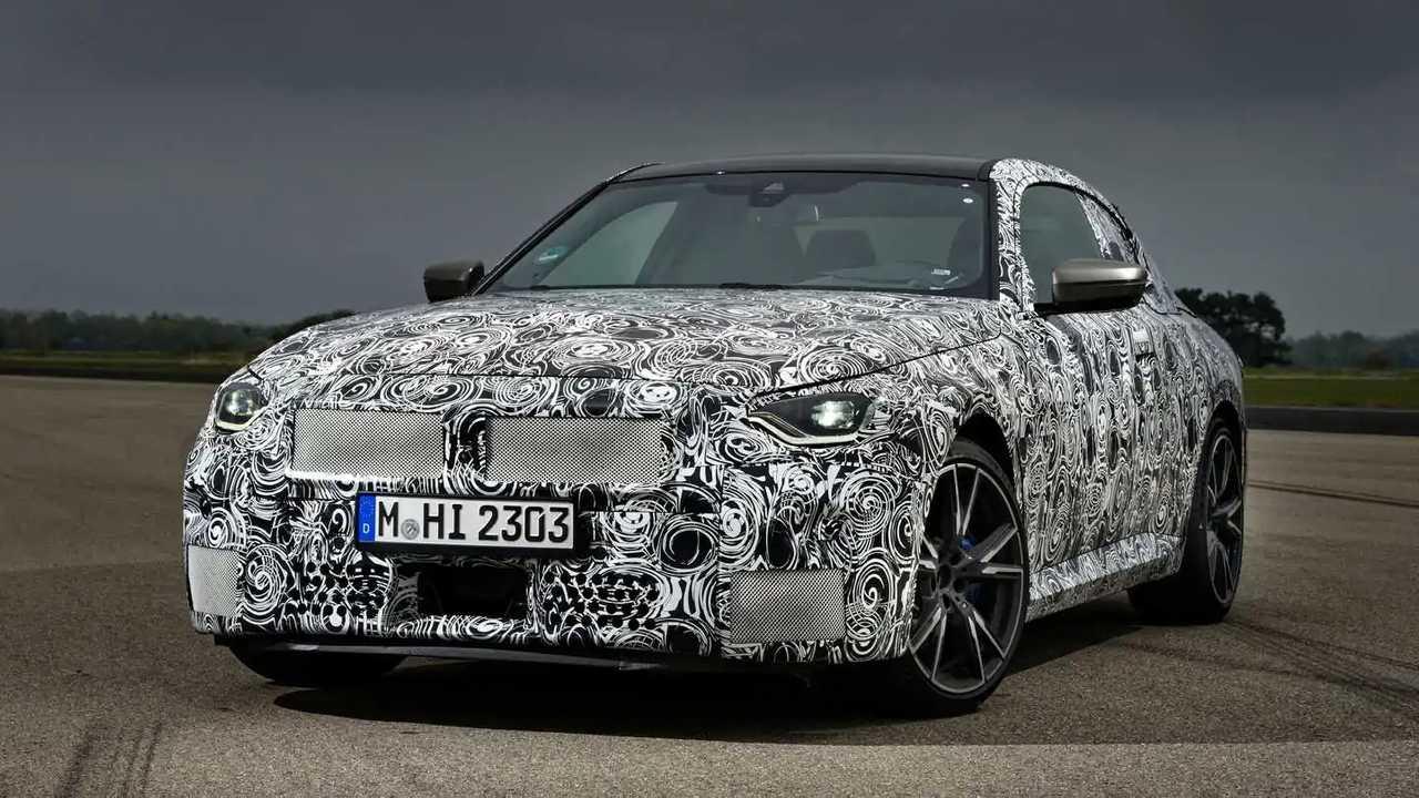 Neuer BMW 2er (2022) als offizieller Erlkönig geteasert
