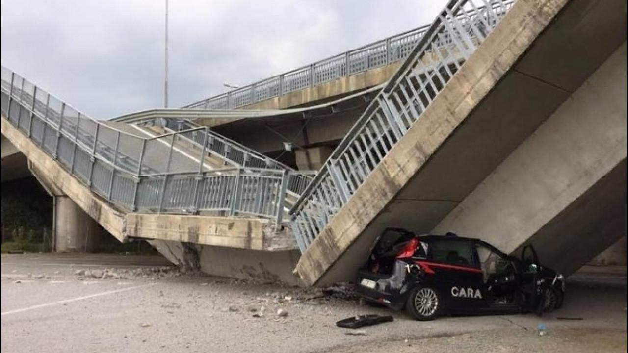 [Copertina] - Crolla un cavalcavia in provincia di Cuneo, nessun ferito