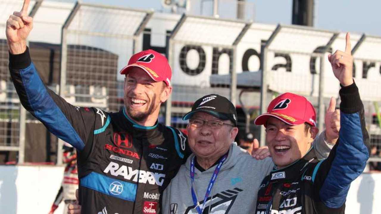 Jenson Button and Naoki Yamamoto with Kunimitsu Takahashi Super GT Motegi 2018