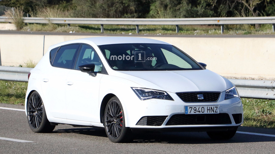 It seems SEAT is cooking hotter Leon Cupra facelift