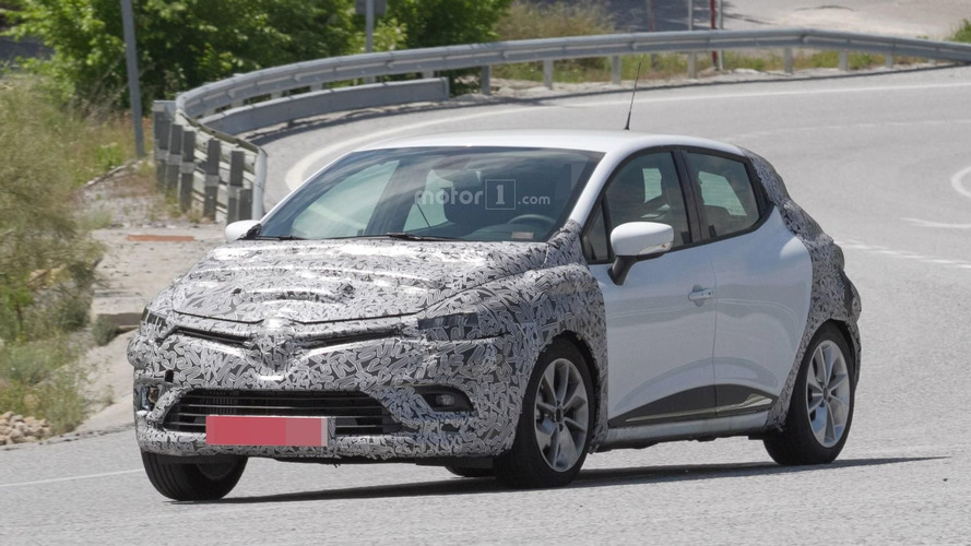 Renault Clio spied preparing for Paris-bound facelift